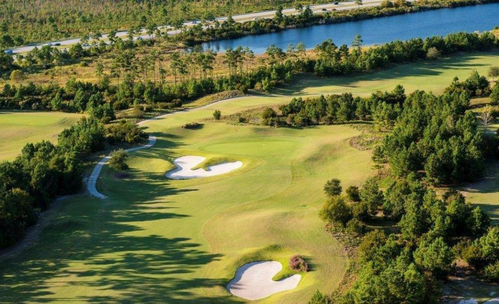 The 10th Hole at Grande Dunes Members Club – A True Shot Maker's Hole